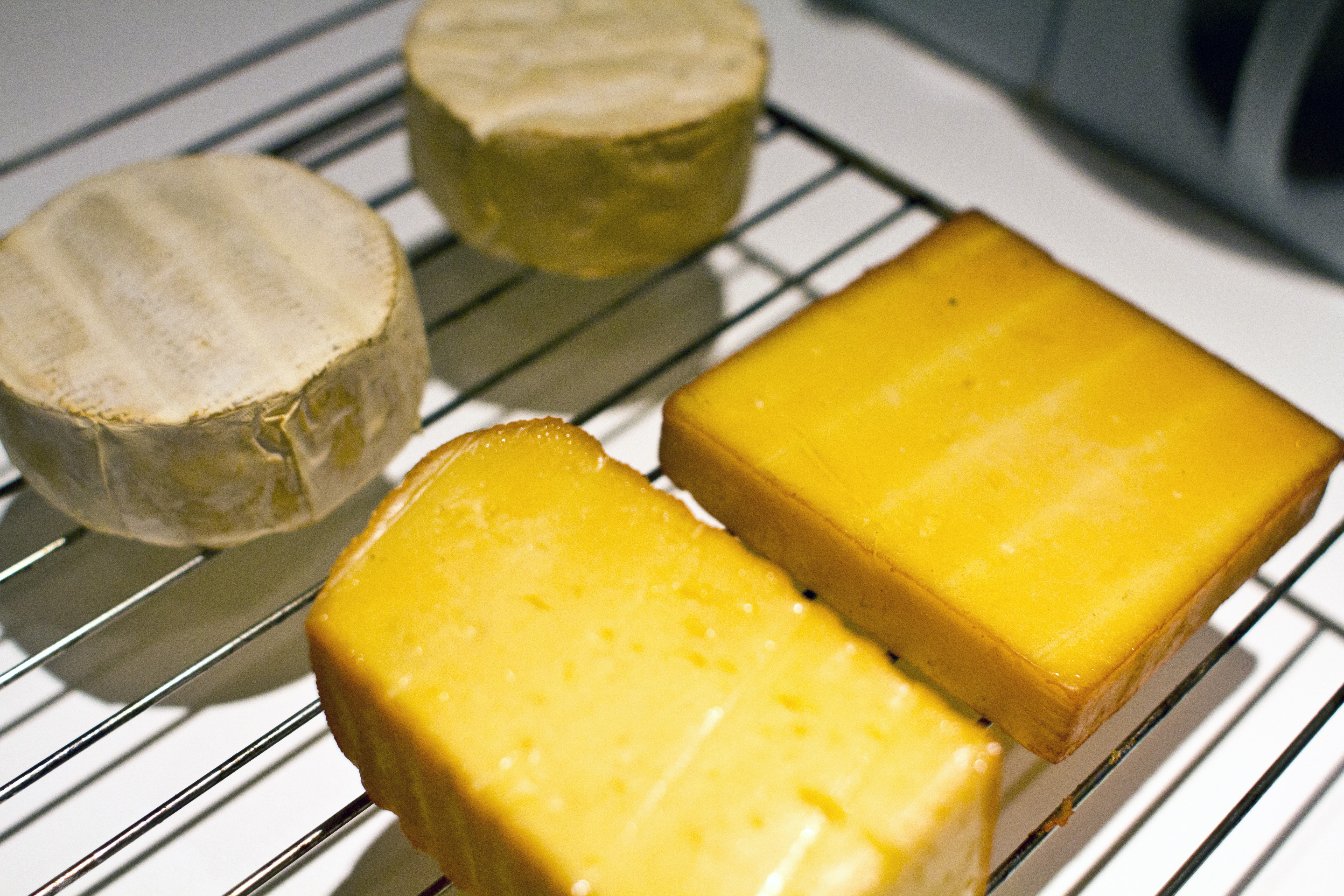 Port salut - Can i eat port salut cheese when pregnant ...