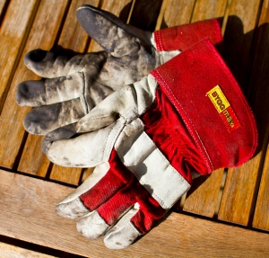 Builder's gloves are perfect for handling hot grates and coals when you're grilling!