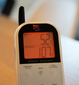 Monitoring temperature from my easy chair all thanks to the lovely Maverick ET-732
